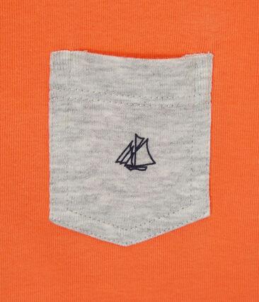 Camiseta con bolsillo en el pecho para niño