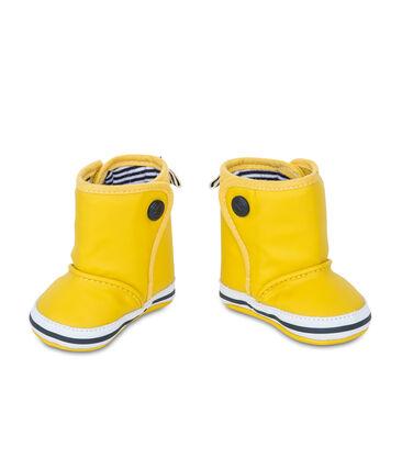 Zapatos de bebé con forma de botas